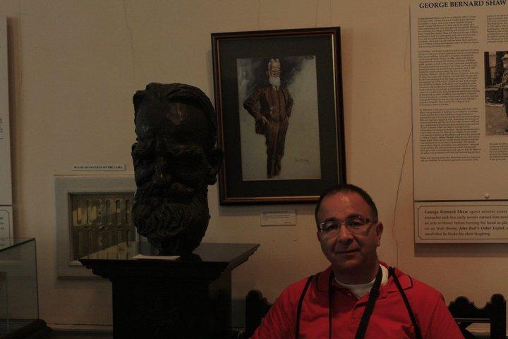 Hüsam Yazarlar Müzesinde