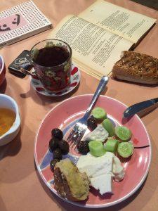 Kahvaltının tabii ki, mutlulukla bir ilgisi var